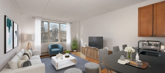 New York Housing Chelsea's Best Lifestyle Choice! Spacious Stuio. Gym, Laundry Facilities, 2 Roof Decks and On-site Parking Garage. OPEN HOUSE THUR 12:30-5 & SAT/SUN 11-2 BY APPT ONLY for New York Students in New York, NY