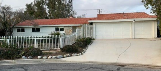 LLU Housing Large 5 bedroom 2.5 bath room for rent. for Loma Linda University Students in Loma Linda, CA