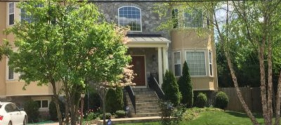 University of Maryland Housing 5 bedroom Annandale for University of Maryland Students in College Park, MD