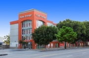 Storage Public Storage - Los Angeles - 11200 W Pico Blvd for College Students